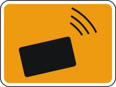 Plate indicating electronic charge collecting for using the public road