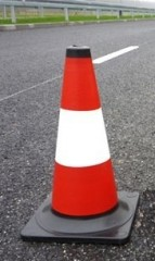 Reflective traffic cone 40cm- with black stand